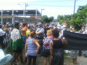 Foto: Rádio da Juventude - desocupação no Sambaiatuba - SV -março de 2013