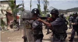 Foto: Link Guarujá - desocupação da favela Canta Galo.