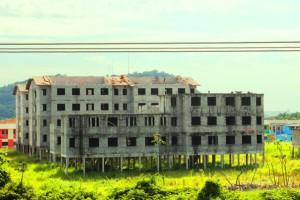 Foto: Rádio da Juventude - Conjuntos no Parque Bitarú abandonados.